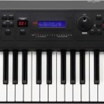 Yamaha MX61 61-Key Music Synthesizer